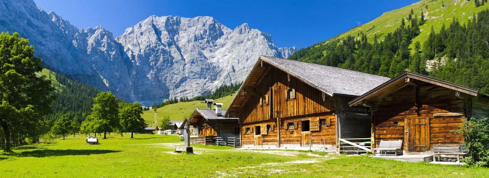 Ferienwohnungen und Hotels im Karwendel - Sommerurlaub