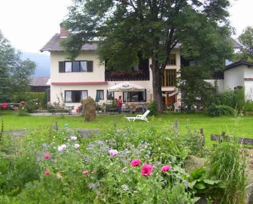 Ferienwohnung-Pension Berghof Sommer