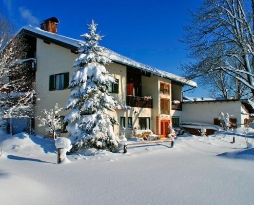 Ferienwohnung-Pension Berghof Winter