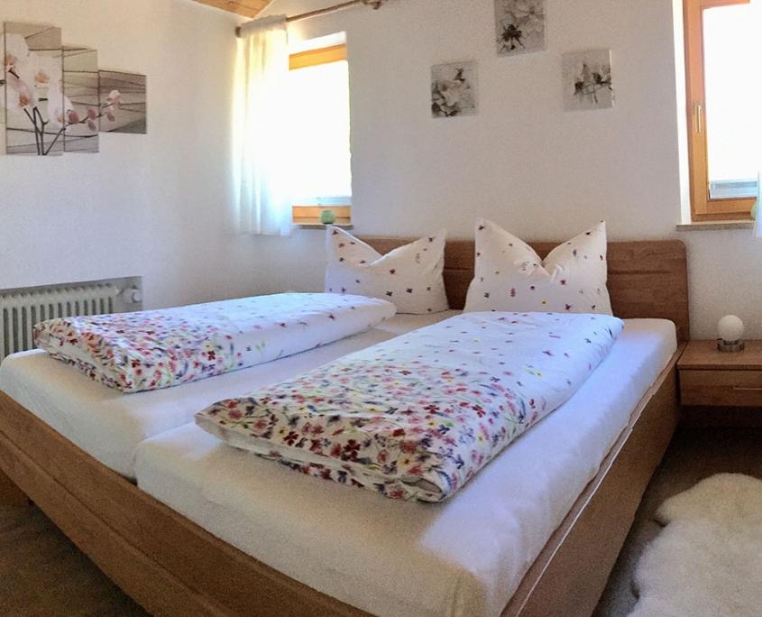 Ferienwohnung Bergkristall - Schlafzimmer