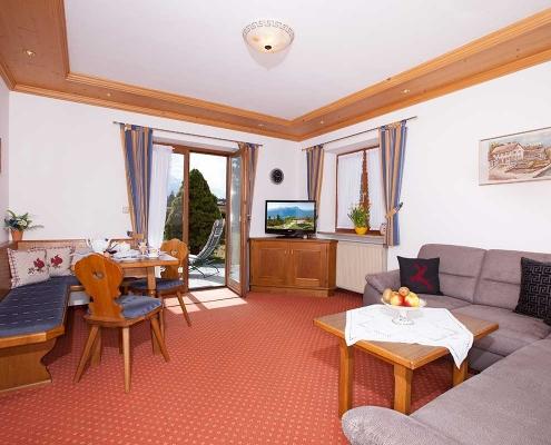 Ferienwohnung Alpenblick Eibsee Wohnraum