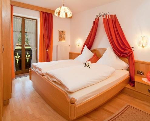 Ferienwohnung Zum Baur - FeWo 3 - Viererspitz - Schlafzimmer