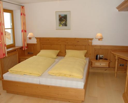 Gästehaus -Bayern - Ferienwohnung Esterberg Schlafzimmer