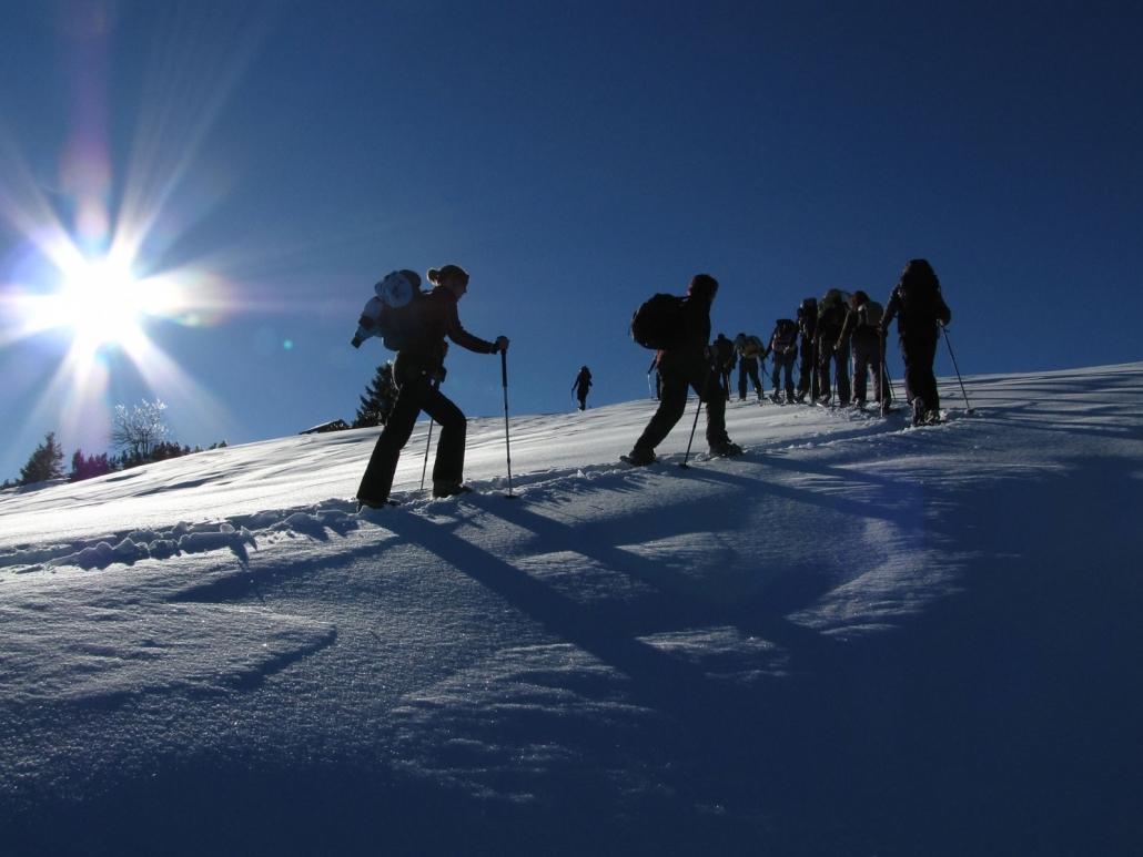 Schneeschuhwandern im Karwendel mit der Bergführeragentur Mittenwald