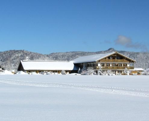 Ferienwohnung Zum Baur - Aussenansicht im Winter