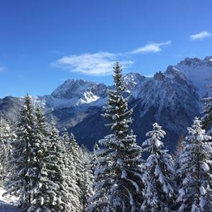 Winterurlaub in Krün mit Winterwanderung